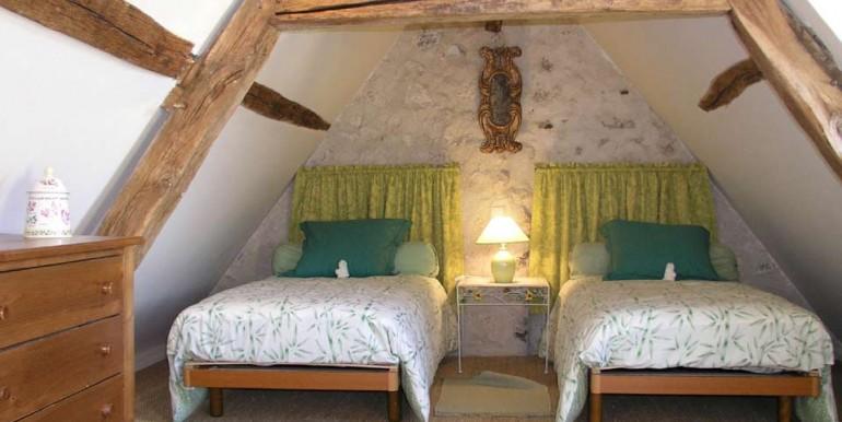 Giraudiere-Chambre-3-opt-