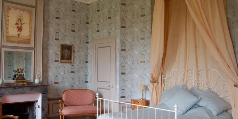 baldaquin-chambre-chateau-du-Bouchet