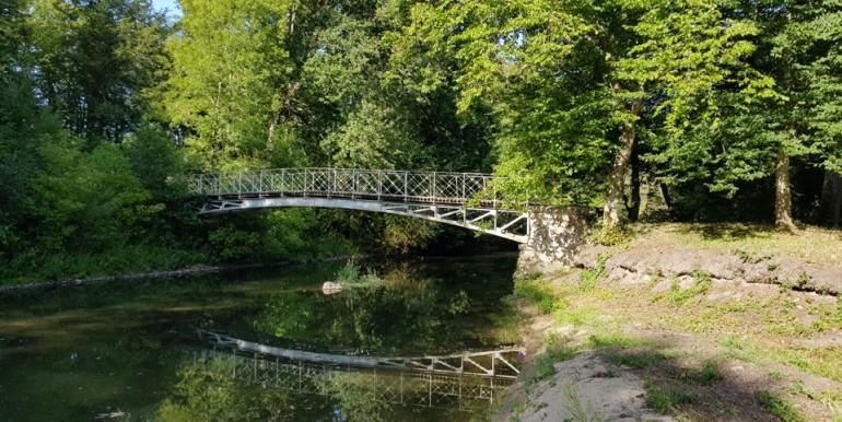 web_chat_Grotteau_pont